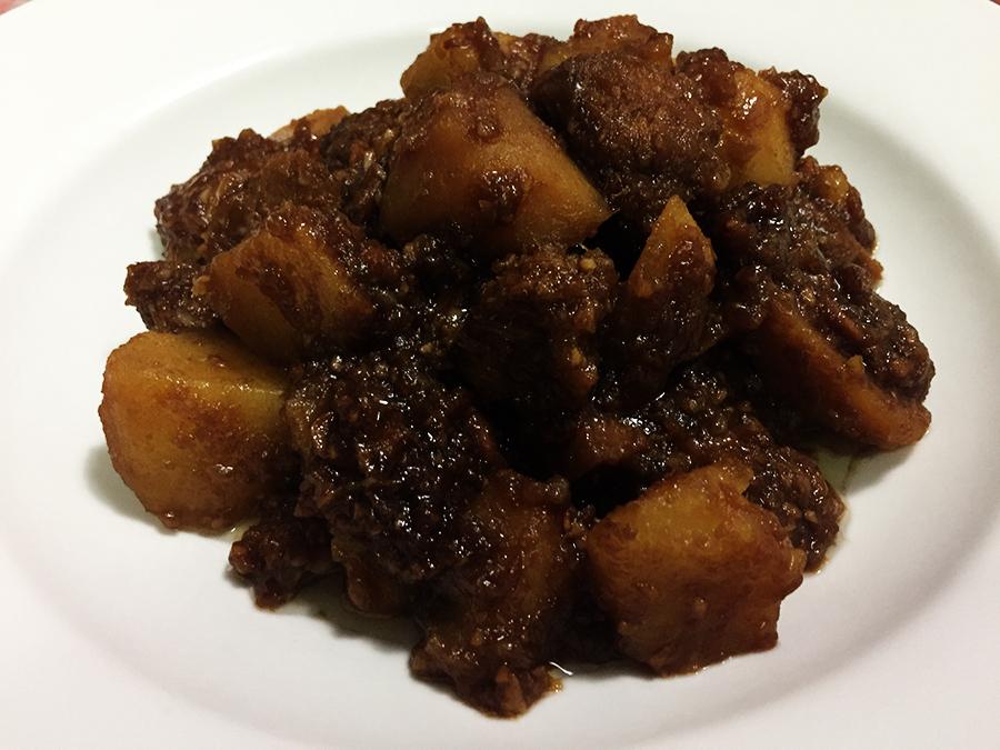 猴头菇烩土豆